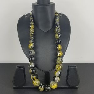 Painted wooden large beads necklace